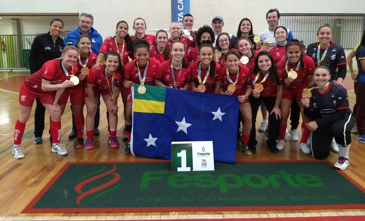 Com as Leoas da Serra, Futsal Feminino de Lages é Bicampeã do JASC, invictas